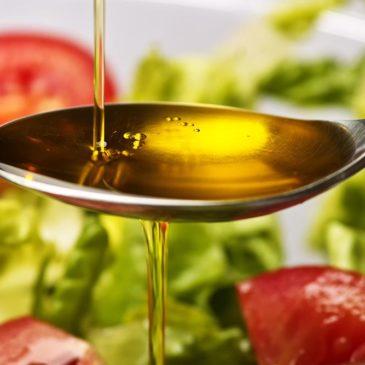 Gyakorlati tanácsok az otthoni ételkészítéshez (étkezési zsírok, olajok)