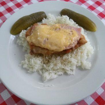 Magyaróvári pulyka szelet rizzsel