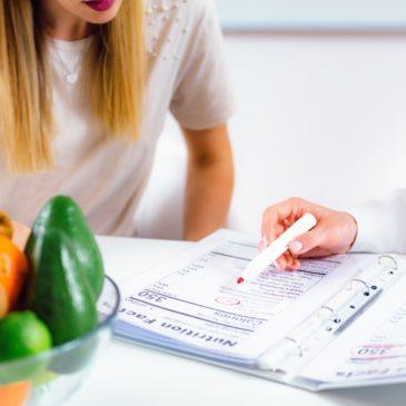 Dietetikusokkal bővíti az egészségügyi alapellátást a brit kormány